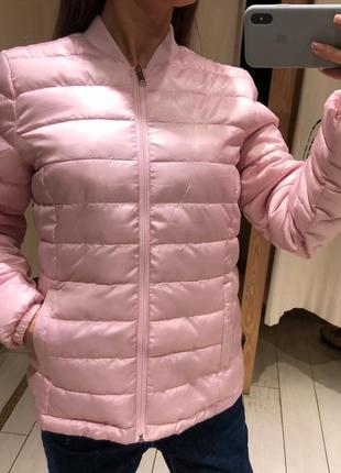 Пудровая куртка бомбер на синтепоне курточка house есть размеры