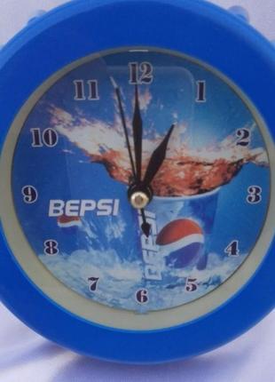 """Часы- будильник """"крышка"""""""