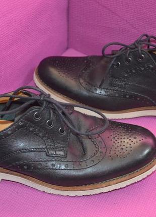 Кожаные мужские туфли броги