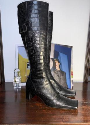 Итальянские кожаные сапоги anna f. с трендовым квадратным носком