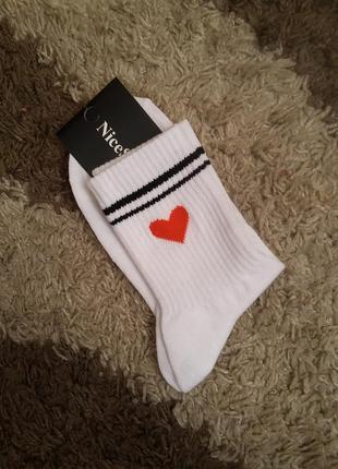 Носки с сердечком