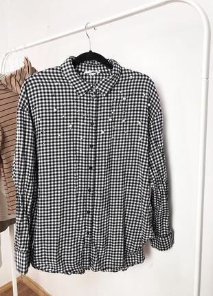 Рубашка с жемчугом