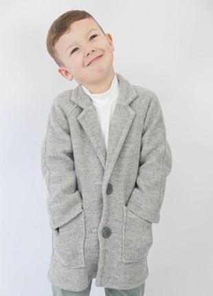 Стильне пальто власного виробництва