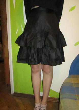 Кожаная юбка с воланами