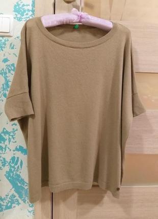 Стильный свитерок с коротким рукавом оверсайз