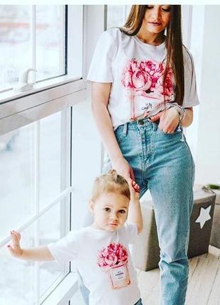Футболки, мама и дочка
