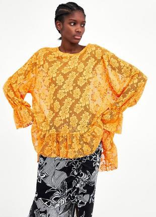 Кружевная блузка с рюшами zara