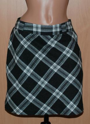 Юбка бренда blue motion/на подкладке/30%шерсть/  с застежкой- молнией сбоку.