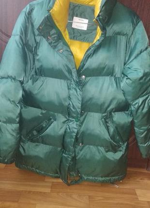 Дутая куртка bershka