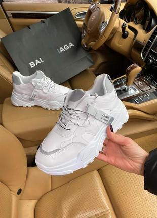 Женские кроссовки/женские белые кроссовки/белые крутые кроссовки