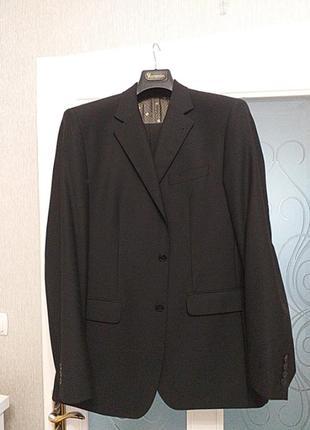 Чоловічий костюм від voronin
