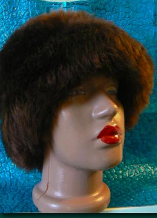 Зимняя меховая шапка- клош.