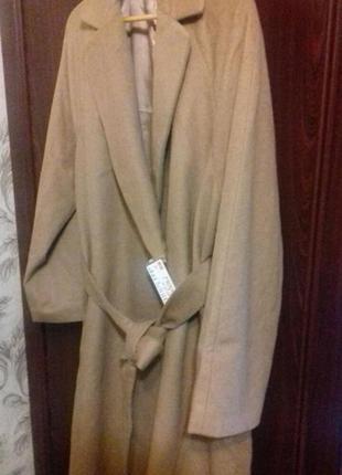 Бежевое пальто шерстяное uniqlo, р.хл, пог 63, на полных