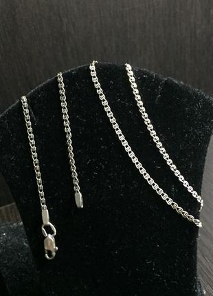 Серебряная цепочка.длинна :50 см