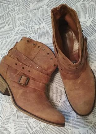 Ботинки натуральная кожа tophop
