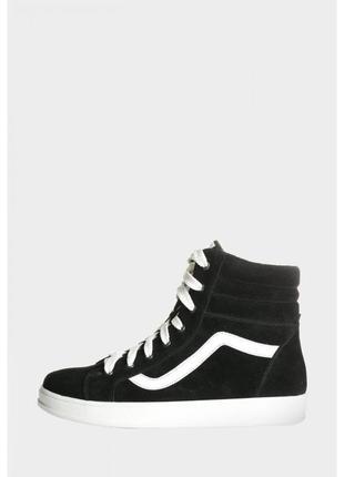 Замшевые ботинки-высокие кеды в стиле vans