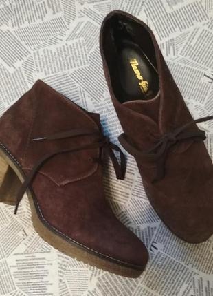 Классные ботинки со шнурками натуральный замш vera pelle