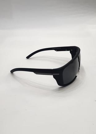 Солнцезащитные очки поляризационные