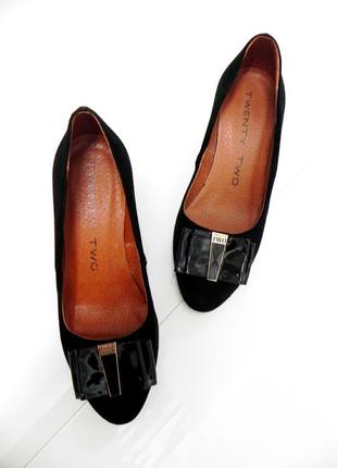 Замшевые туфли очень качественные и удобные