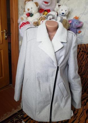 Теплое кашемировое пальто на овчине