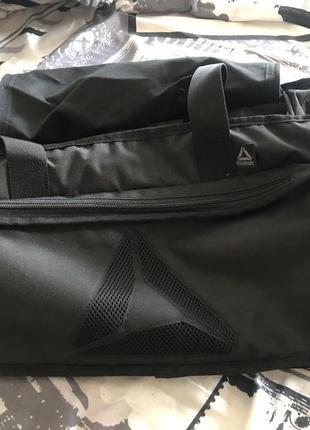 Спортивная дорожная сумка reebok 32-34 литра новая