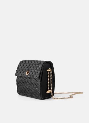 Стильная сумочка zara, черного цвета