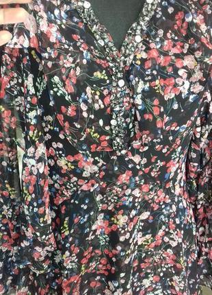 Нежное цветочное платье