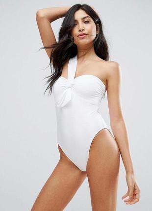 Шикарный белый качественный слитный купальник на одно плече asos