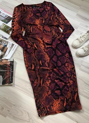 Миди платье футляр змеиный принт