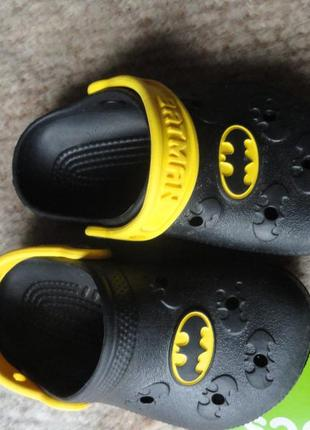 Кроксы! crocs! оригинал! с6 -7 бетман! batman