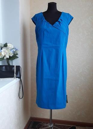 Симпатичное платье roman
