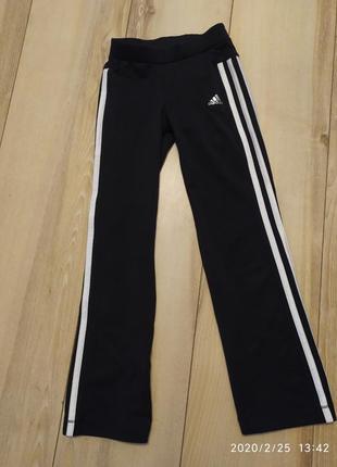 Спортивные штаны на девочку adidas