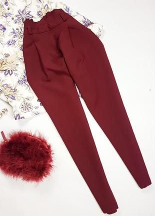 Бордові брюки з рюшою  new look