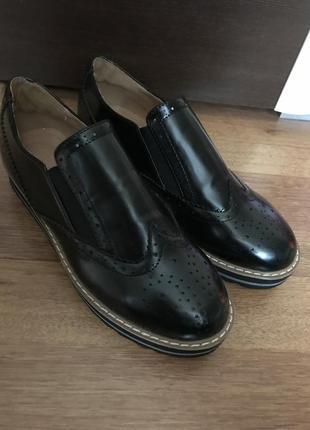 Туфли, эспадрильи, лоферы