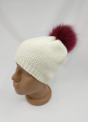 Демисезонная шапочка на весну - осень для девочки из 100% мериносовой шерсти с помпоном