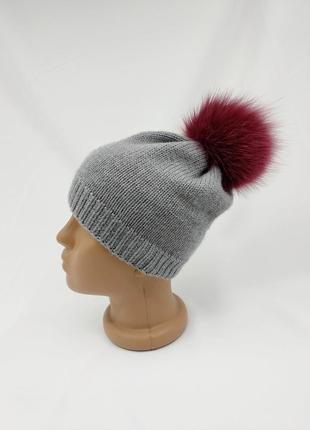 Детская демисезонная шапочка на весну - осень  100% мериносовой шерсти с помпоном