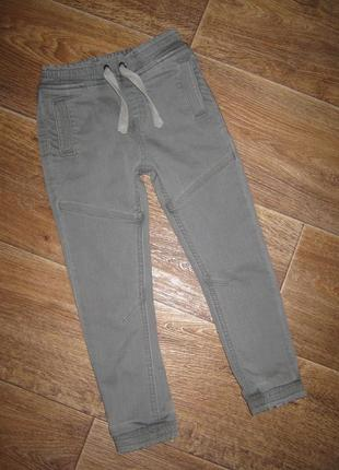 Джоггеры - джинсы с эластаном от matalan , 4-5 лет     118грн