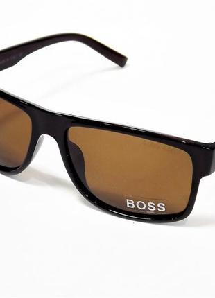 Очки солнцезащитные hugo boss коричневые глянец с поляризацией.