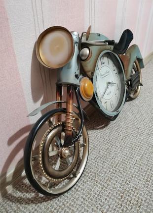 Настенные часы. ретро-мотоцикл