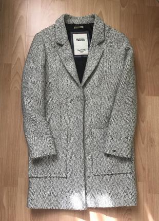 Стильне пальто tommy hilfiger