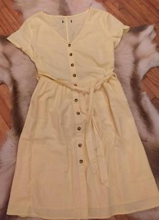 Коттонове плаття з цікавими гудзиками