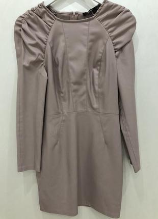 Стильное кожаное платье на 8 марта