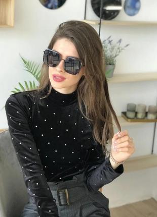 Модныесолнцезащитные очки