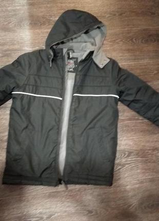 Куртка деми для мальчика рост 152 см