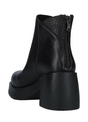 Ботильони черевики чоботи демісезонні unlace (італія)