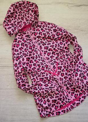 Розовая леопардовая ветровка парка