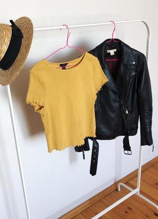 Яркая желтая футболка большого размера от  new look.