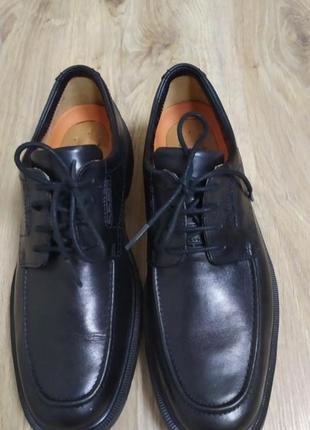 Туфли мужские классические clarks. очень стильные