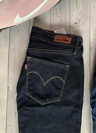 Женские джинсы levi's