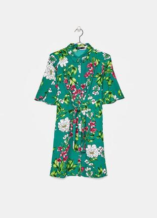 Платье рубашка цветочный принт bershka